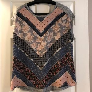 Maurices mixed media short sleeve top size 1X.